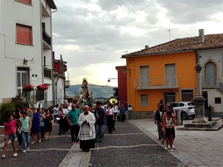 """La processione """"a la Croce"""""""
