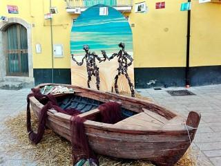 """La barca e le """"Migrezioni"""", tema di fondo della Festa del Libro"""