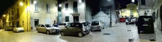 Parcheggio selvaggio in piazza a Sant'Andrea di Conza