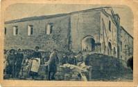 Il monastero in una vecchia cartolina