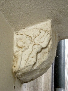 Piccolo sbalzo in pietra