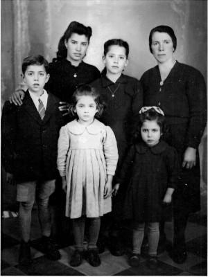 La famiglia di Vallario Antonio Maria negli anni '50