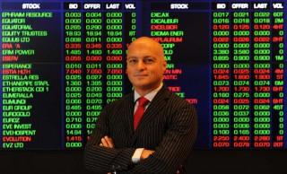 Il prof. Alex Frino (foto tratta da http://media.uow.edu.au/releases/UOW209408.html)