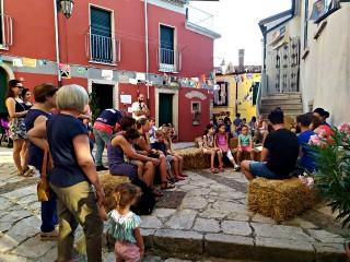 Largo Abbruzzese (alias Cortile), centro della Festa