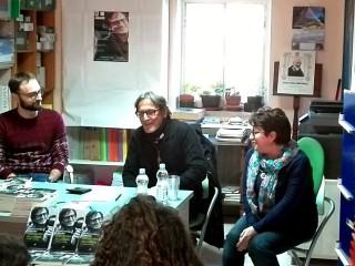 Don Aniello Manganiello nella libreria Tuttolibri di Sant'Andrea di Conza