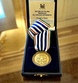 La medaglia d'Onore conferita agli insigniti