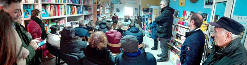 L'incontro con don Aniello Manganiello nella libreria Tuttolibri di Sant'Andrea di Conza